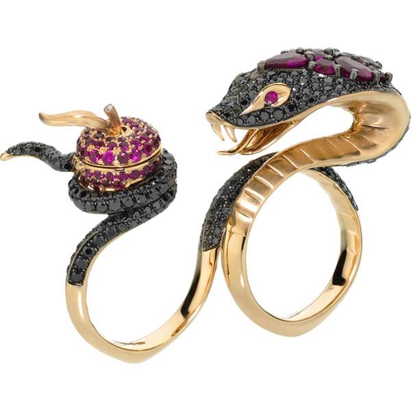林檎と蛇の指輪