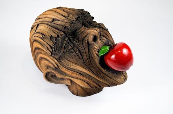 木材の彫刻に見えるセラミック彫刻 (15)