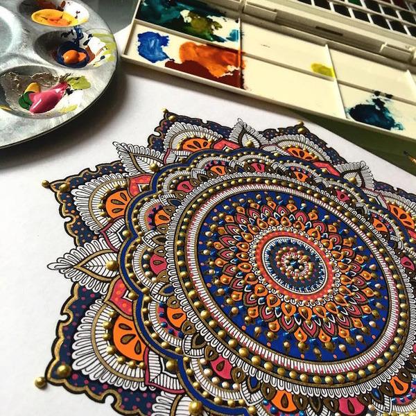忍耐の賜物…手描きの曼荼羅模様がすごい (10)