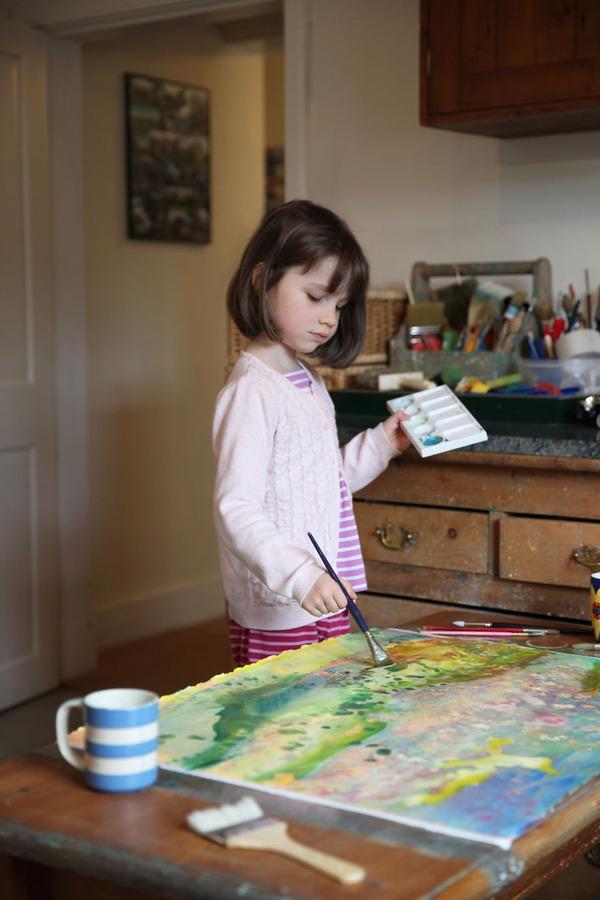 自閉症の6歳の少女が描く絵画が美しい! Iris Grace  (11)