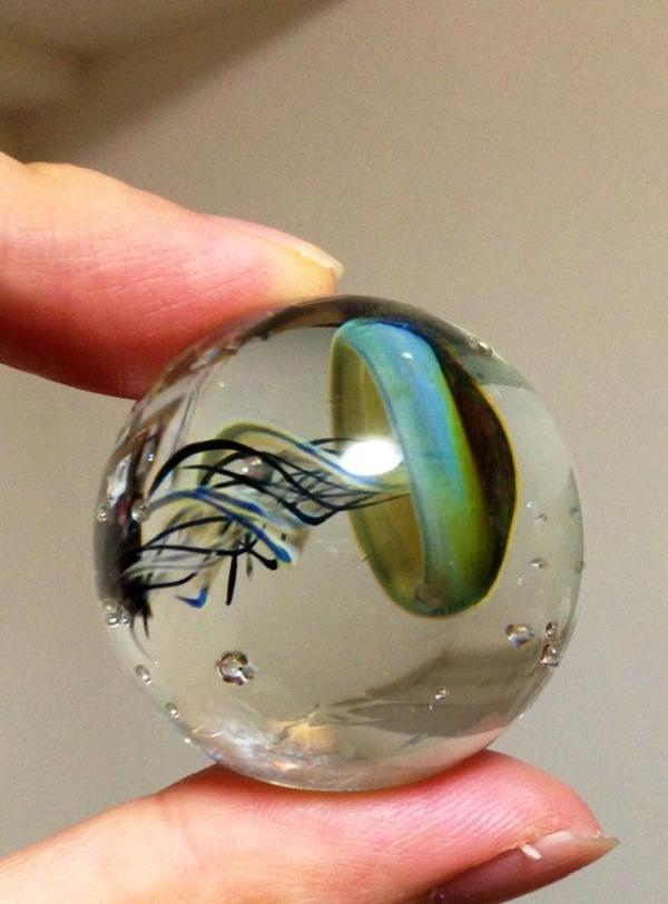 ガラスの中に宇宙!幻想的なペンダントトップ『宇宙ガラス』 (10)