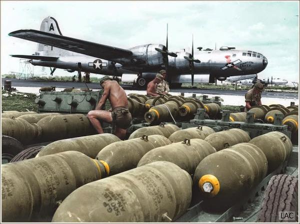 カラー化された白黒写真。第二次世界大戦中WWIIの画像 (6)
