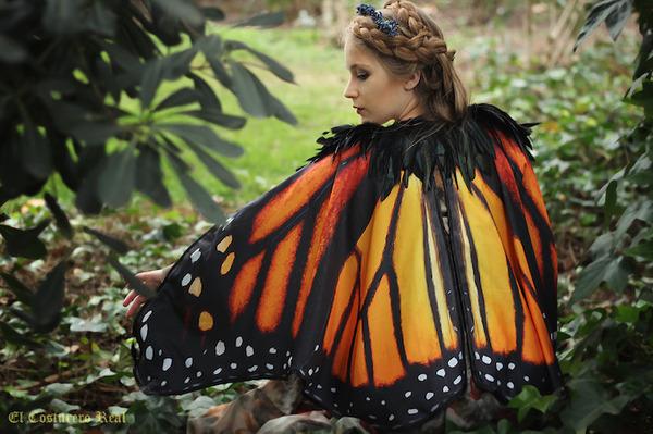 蝶の羽根模様のスカーフデザイン (7)