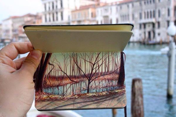 画家が小さなスケッチブックに描くボールペン画がすごい! (10)