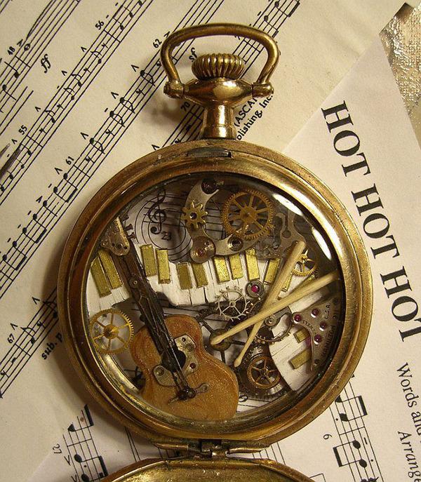 古い時計部品をリサイクルして作るスチームパンクな動物彫刻 (5)