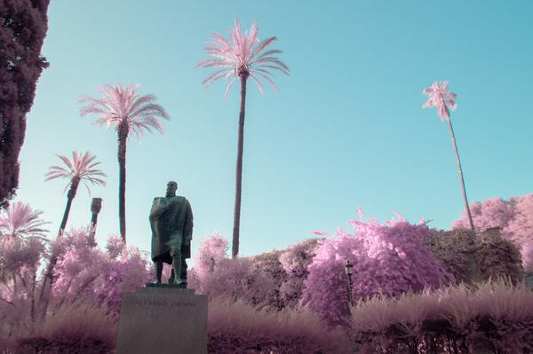 赤外線カメラで撮影されたイタリア・ローマの景色が幻想的 (6)