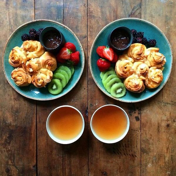 美味しさ2倍!毎日シンメトリーな朝食写真シリーズ (42)