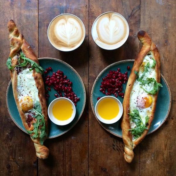 美味しさ2倍!毎日シンメトリーな朝食写真シリーズ (29)