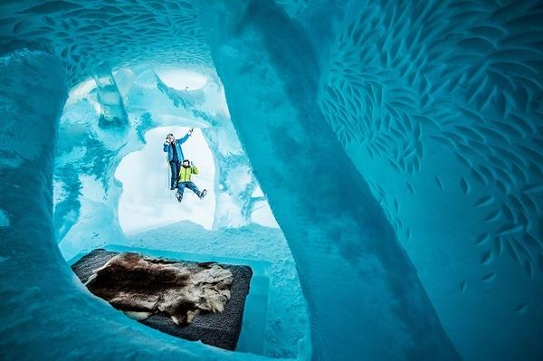 凍える寒さ!スウェーデンの氷の宿屋『アイスホテル』 (2)