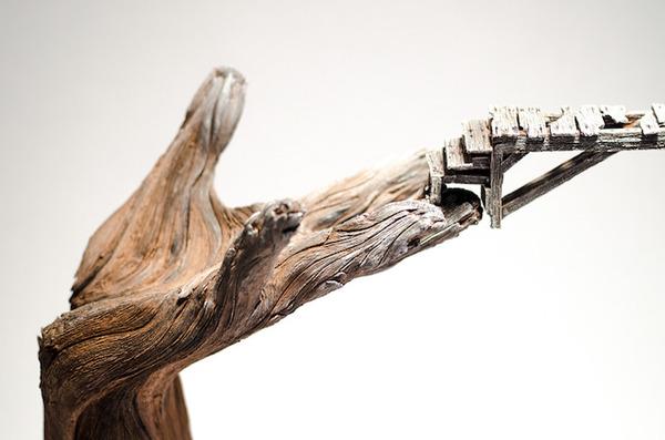 木材の彫刻のように見えるセラミック彫刻 (29)