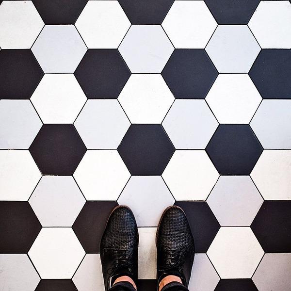 パリは床もお洒落だった!足元に広がる様々なデザインパターン (7)