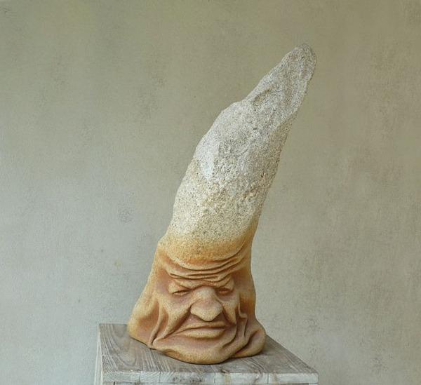 ぐんにゃりペロリと石が曲がる!ねじられた岩や石の彫刻 (10)