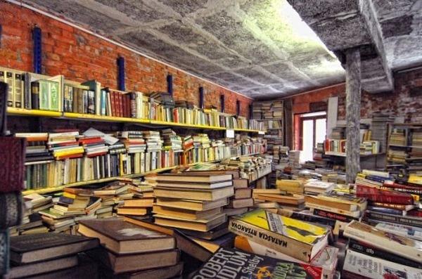 ヴェネツィアにある珍しい書店!『Libreria Acqua Alta』 (5)