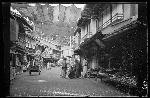 約100年前、明治時代に撮られた白黒写真。日本人の日常を映す (5)