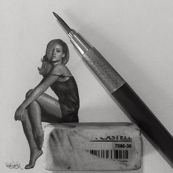 超小さいのに写実的!鉛筆の芯で描くミニチュア肖像画 (5)