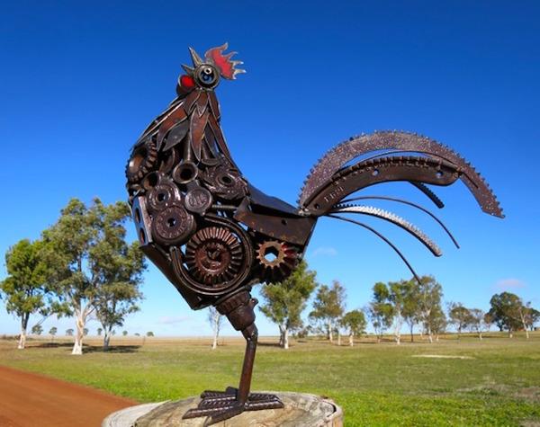 スクラップ金属で作る動物の彫刻がメカっぽくて格好良いよー (2)