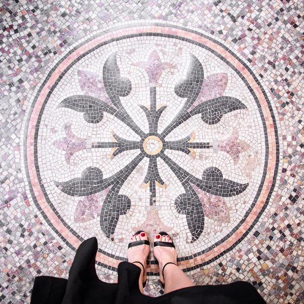 パリは床もお洒落だった!足元に広がる様々なデザインパターン (13)