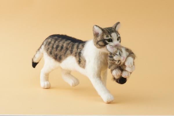 羊毛フェルトのリアル猫人形10