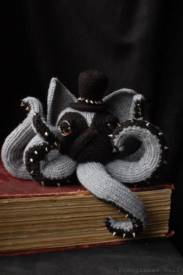 キモカワ?タコの足とイヌの顔が合体している編み物『Octodogs』 (7)