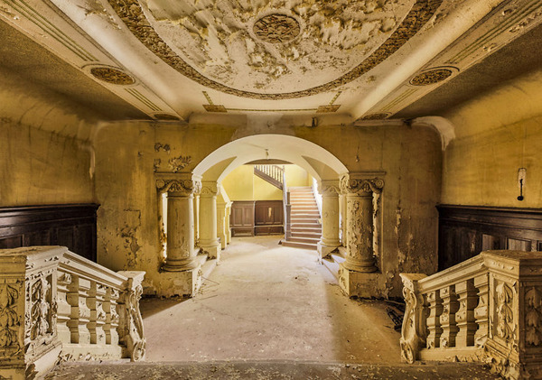 ヨーロッパの廃墟画像!寂れた建物の内観でメランコリック (15)