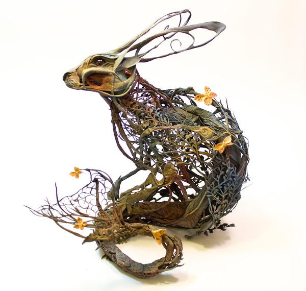 ウサギの彫刻アート