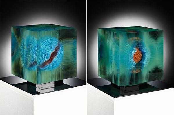ガラスの中に絵を描く!層状に重ねられたガラス細工 (8)