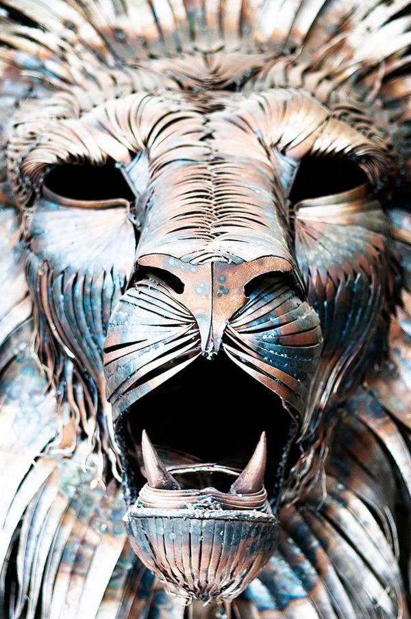 鋼鉄のライオン彫刻、アスラン by Selçuk Yılmaz 3