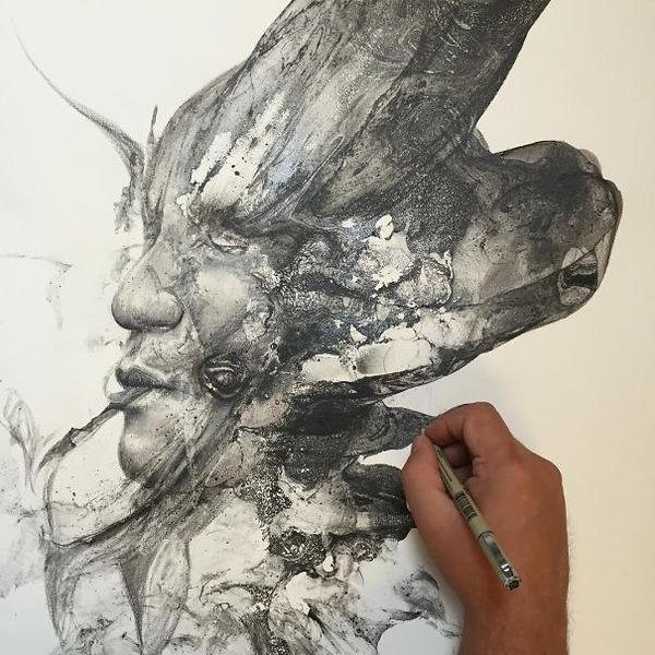 インクを注ぎ、飛び散らせてカオスなイラストレーションを描く (18)