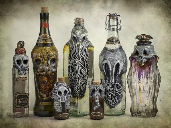 悪魔が宿る不気味な酒瓶 3