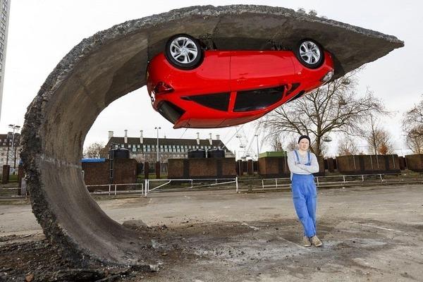 Alex Chinneck's Upside Down Car Installation in London 3