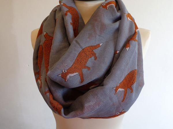 キツネのスカーフ 2