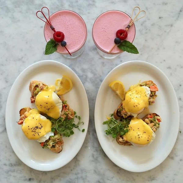 美味しさ2倍!毎日シンメトリーな朝食写真シリーズ (36)