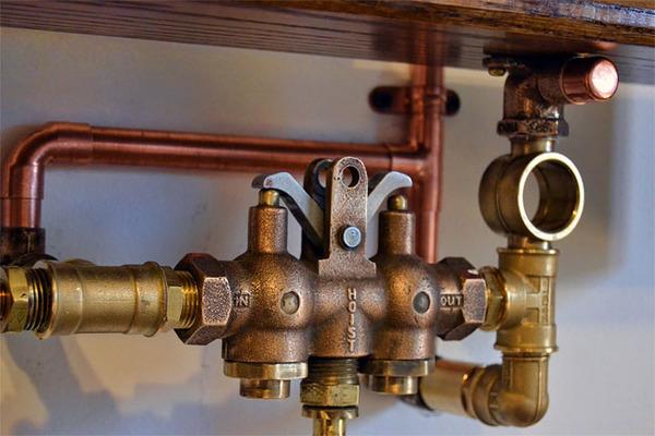 スチームパンクっていいよね。真鍮、銅、金属部品で作る家具 (11)