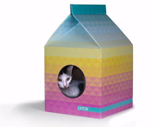 猫がすっぽり入れちゃう牛乳パック型のネコホイホイ! (2)