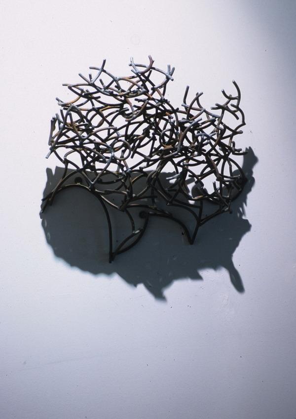鋼線に光を当てると影の形が生まれるシャドーアート! (12)