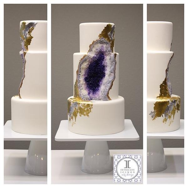 アメジストのウェディングケーキ!宝石の美しさを砂糖で再現 (2)