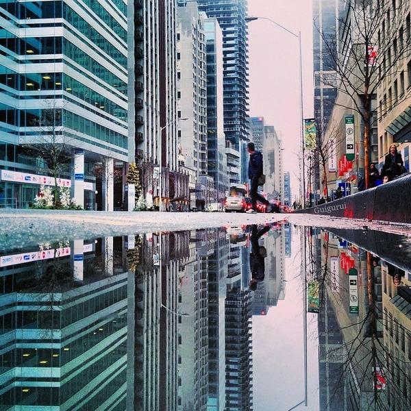 パラレルワールド!水たまりに反射する街の風景写真 (12)