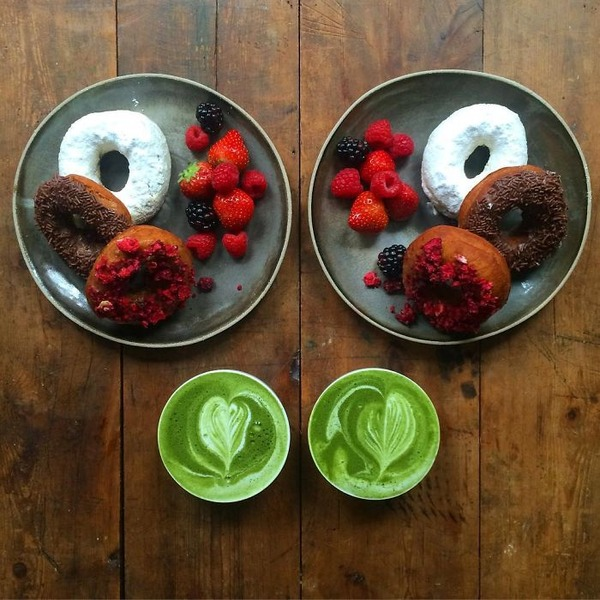 美味しさ2倍!毎日シンメトリーな朝食写真シリーズ (52)