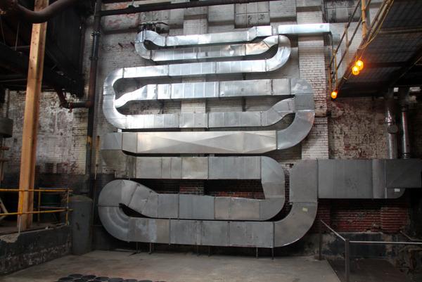 長い…とてつもなく長いよ!物の形を変形させた彫刻作品 (6)