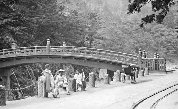 約100年前、明治時代に撮られた白黒写真。日本人の日常を映す (17)