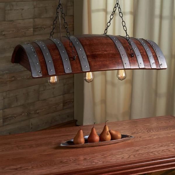 1 ワイン樽をアンティークな照明に
