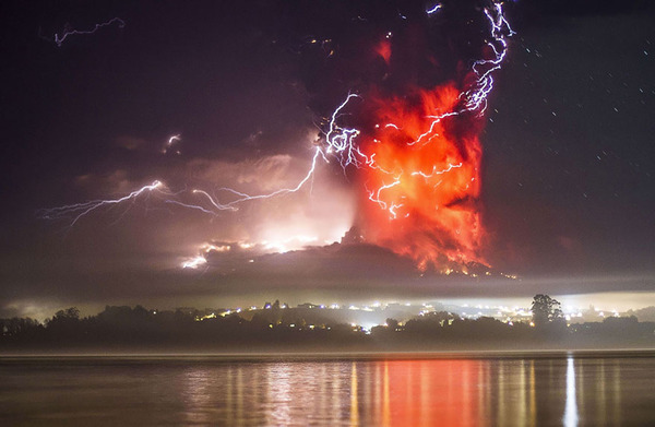 チリのカルブコ火山噴火 2015年 4