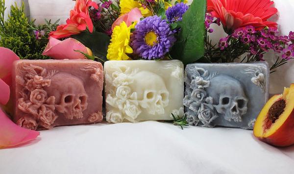頭蓋骨の石鹸、Skull Soap 3