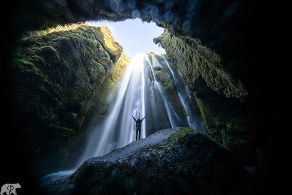 旅に出たくなる!美しい大自然と人間が一緒の写真 (8)