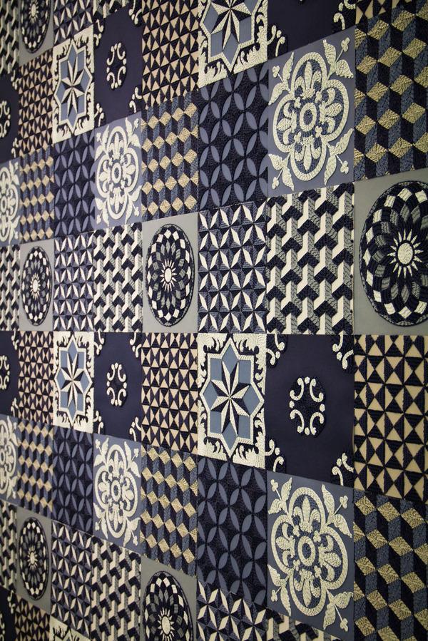 紙のカーペット!丸めて切った紙で繊細な模様を作るアート (9)