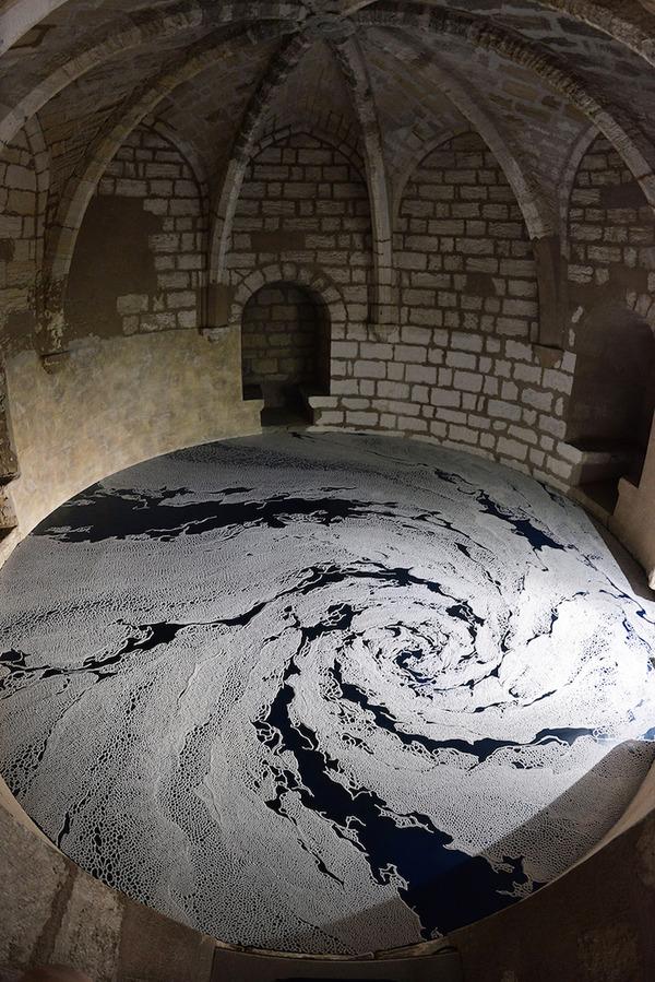 塩の迷宮。塩だけで作られた巨大な展示アート作品 (1)