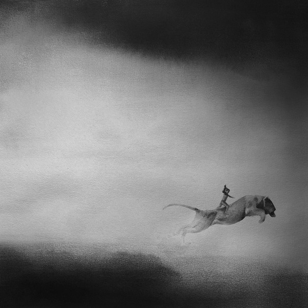 動物と少年のモノクロ絵画 Elicia Edijanto (6)