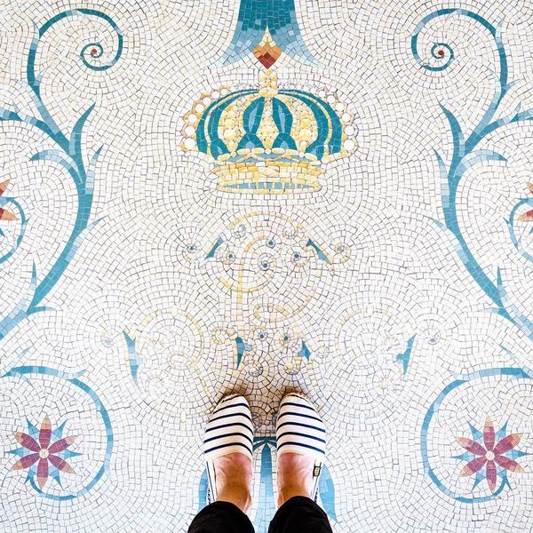 パリは床もお洒落だった!足元に広がる様々なデザインパターン (4)