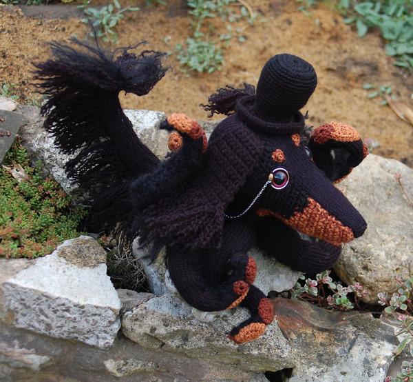 キモカワ?タコの足とイヌの顔が合体している編み物『Octodogs』 (5)