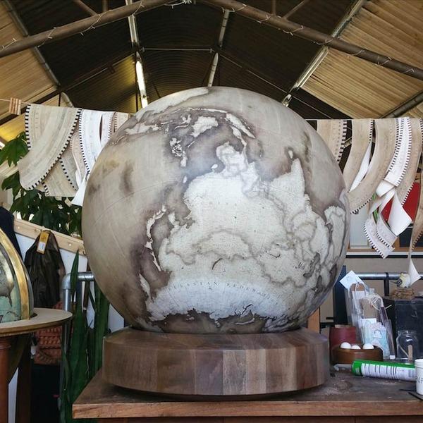世界を旅したくなる。価値ある手作り地球儀の製作現場 (14)